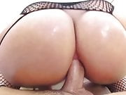 brunette gets her massive ass fucked-watch pt2 on milfpornpl