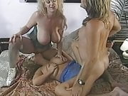 Chessie Moore, Trinity Loren - Big tits threesome retro porn