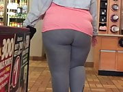 Jiggling BBW Ebony Booty Grey Leggings